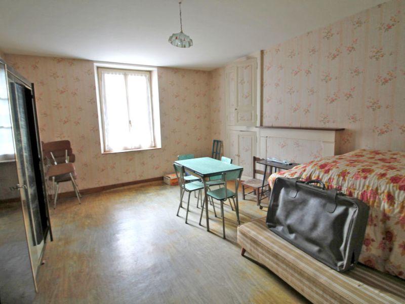 Vente maison / villa La chartre sur le loir 115500€ - Photo 9