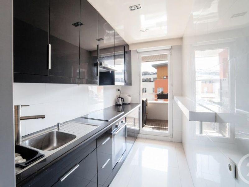 Sale apartment Massy 467000€ - Picture 1