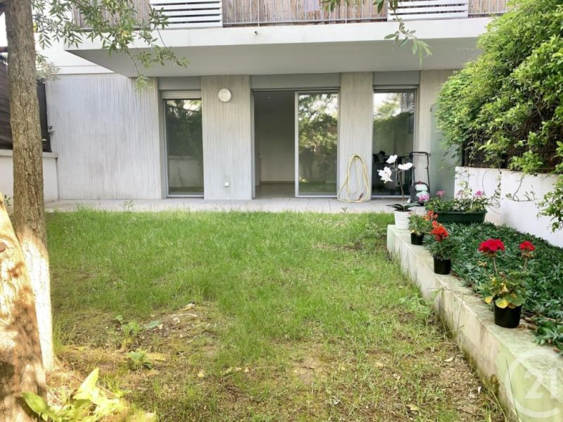 Sale apartment Massy 332 000€ - Picture 2