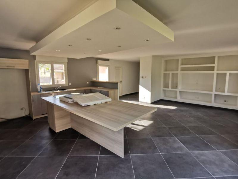Sale house / villa Estrablin 270000€ - Picture 4