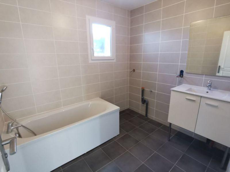 Sale house / villa Estrablin 270000€ - Picture 9