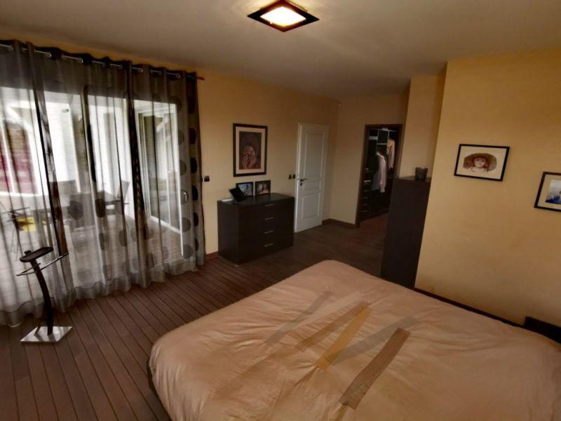Sale house / villa Irigny 720000€ - Picture 4