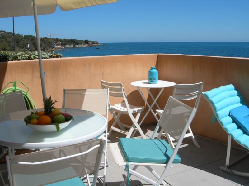 Rental apartment Les issambres  - Picture 2