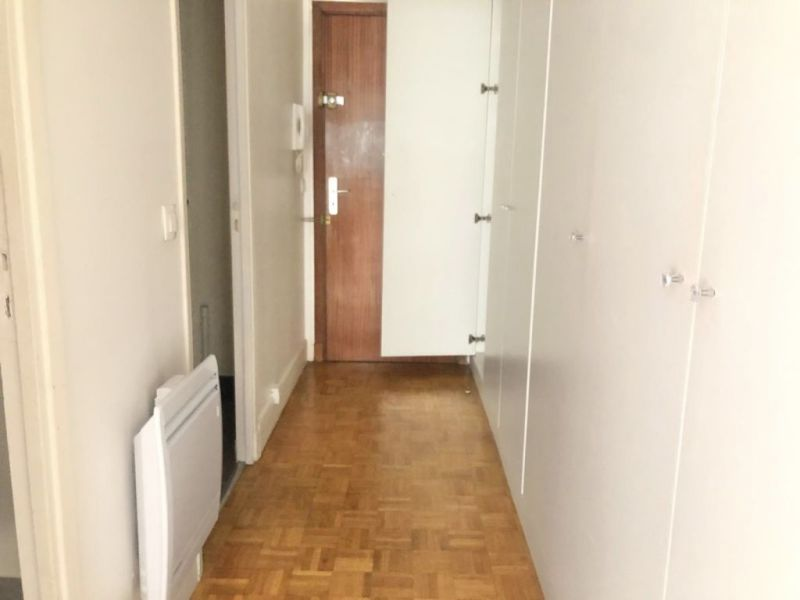 Location appartement Paris 17ème 140€ CC - Photo 4