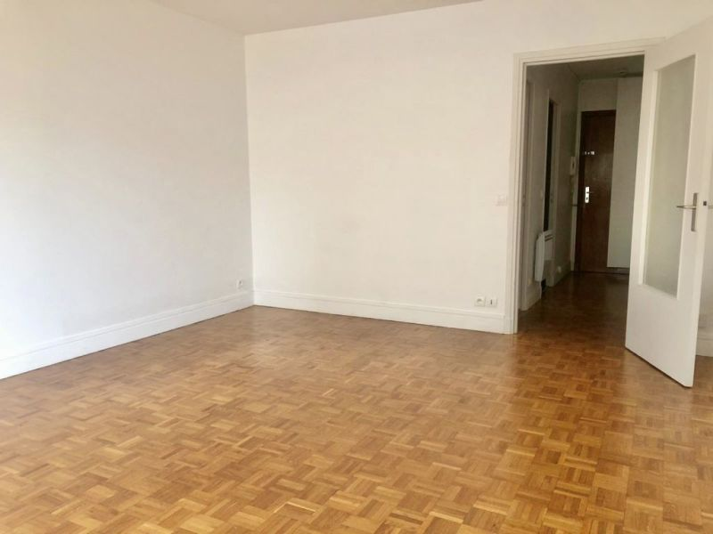 Location appartement Paris 17ème 140€ CC - Photo 5