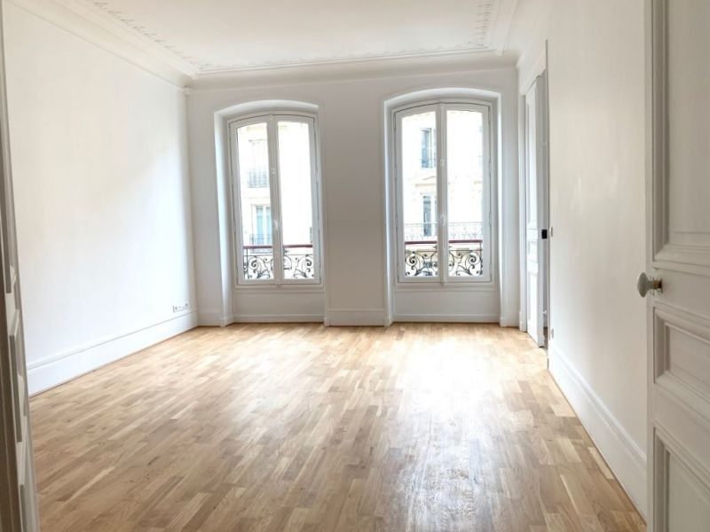 Location appartement Paris 2ème 380€ CC - Photo 7