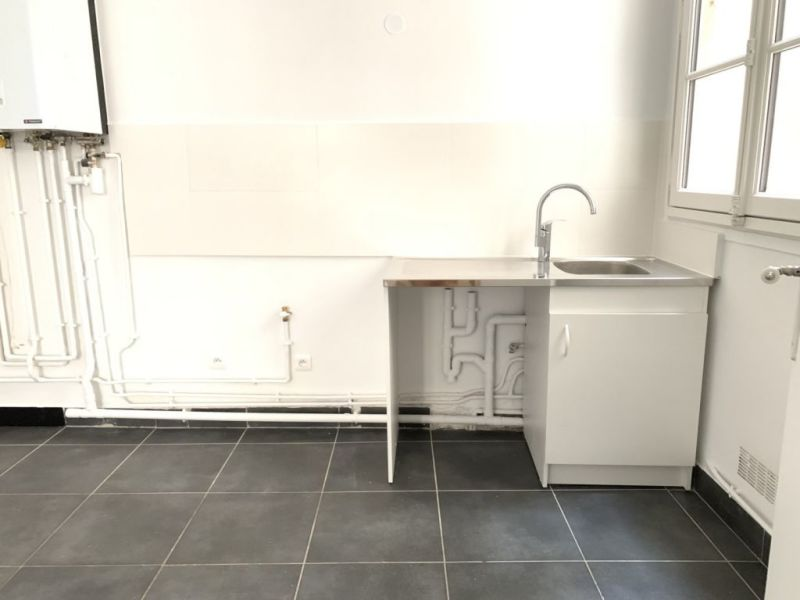 Location appartement Paris 2ème 380€ CC - Photo 8