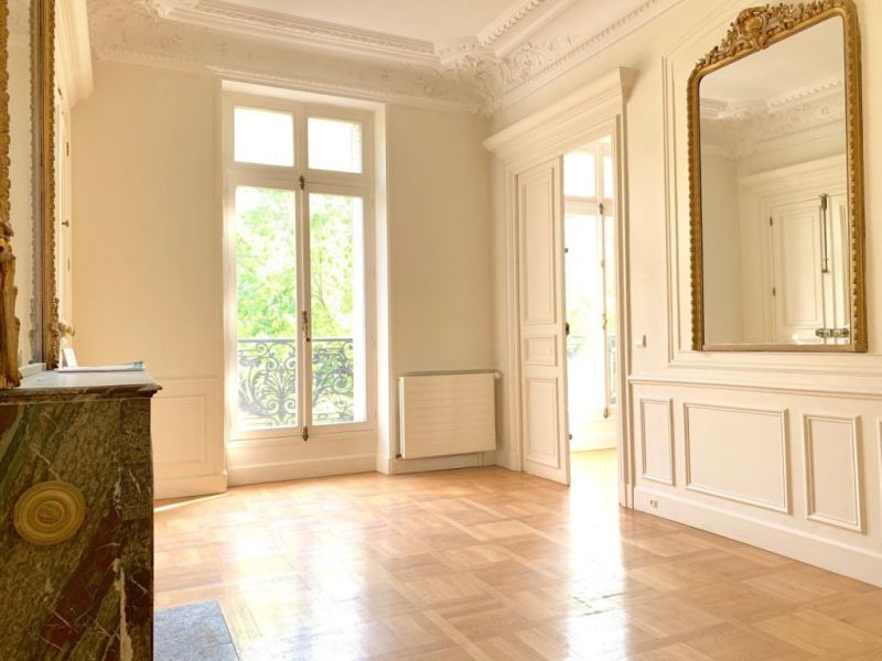 Location appartement Paris 10ème 300€ CC - Photo 2