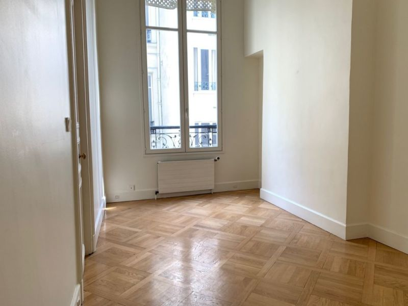 Location appartement Paris 10ème 300€ CC - Photo 6