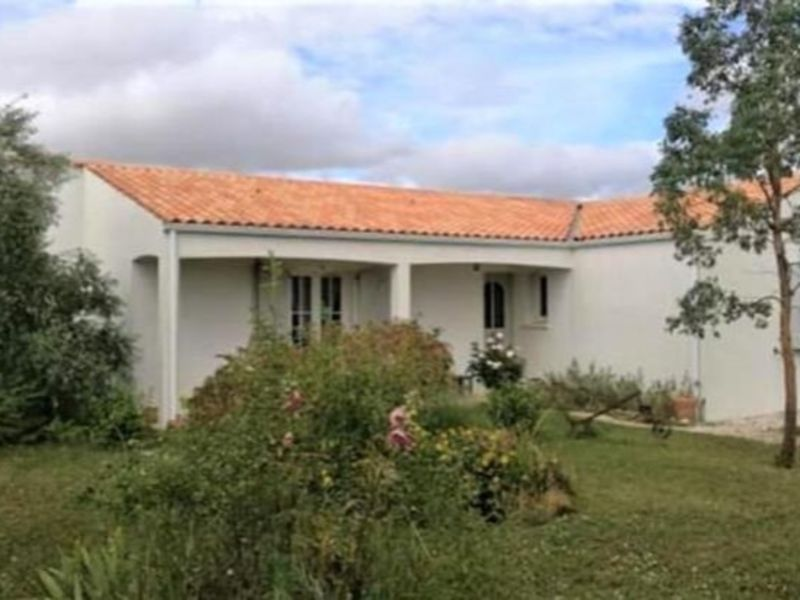 Sale house / villa Aigrefeuille d aunis 254000€ - Picture 1