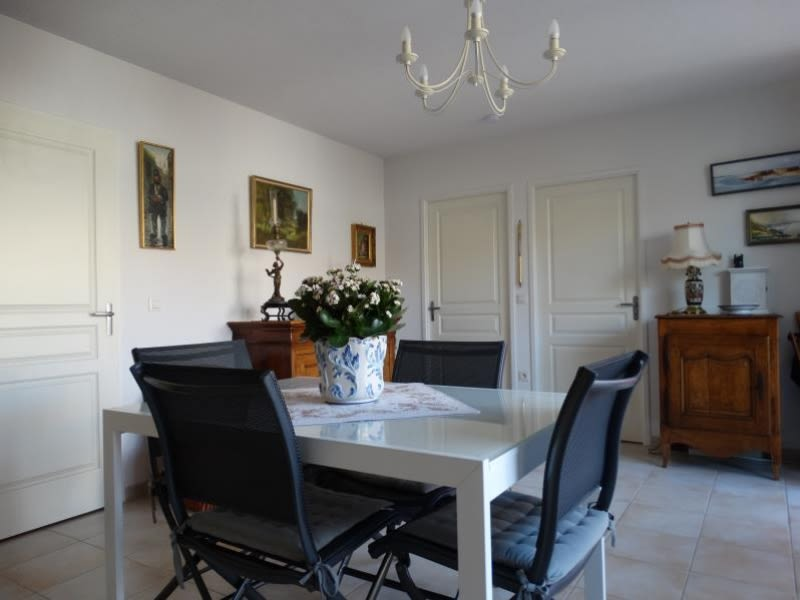 Sale house / villa La rochelle 285 000€ - Picture 2