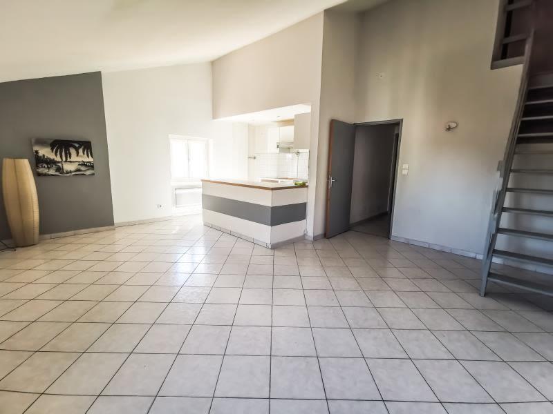 Sale apartment St maximin la ste baume 192950€ - Picture 1