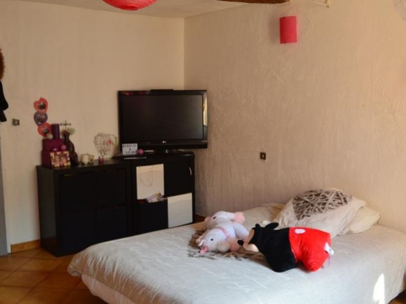 Vente maison / villa Tourves 210000€ - Photo 2