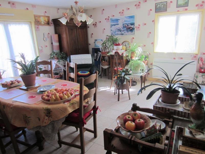 Vente maison / villa Noyant d allier 149800€ - Photo 3