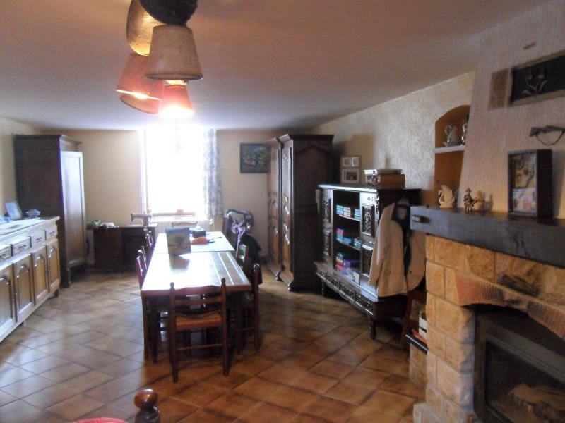 Vente maison / villa Noyant d allier 85600€ - Photo 2