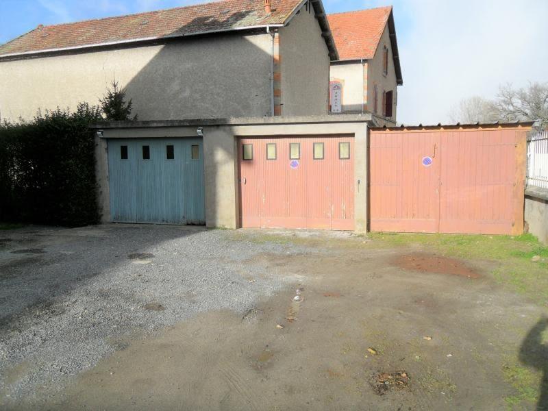 Vente maison / villa Noyant d allier 85600€ - Photo 6
