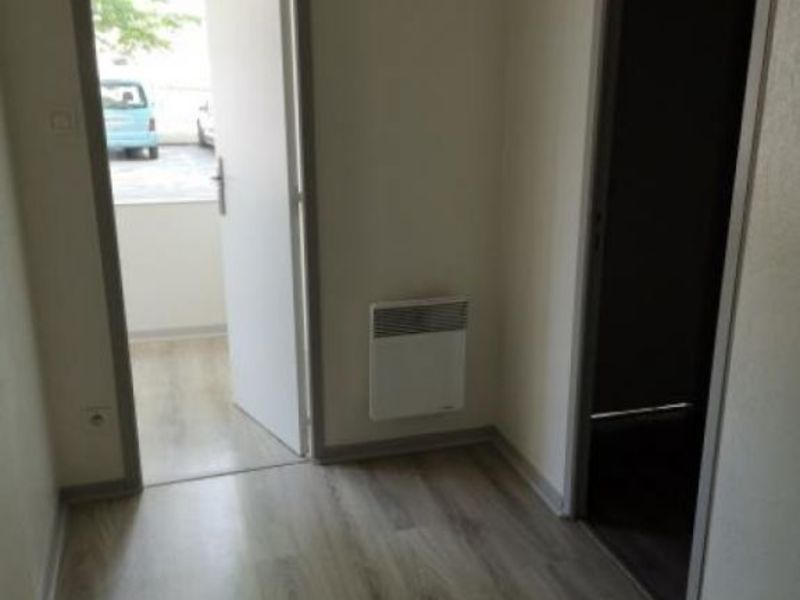 Location local commercial Moulins 400€ HC - Photo 5