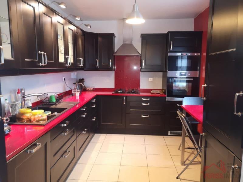 Sale house / villa Le thillay 550000€ - Picture 2