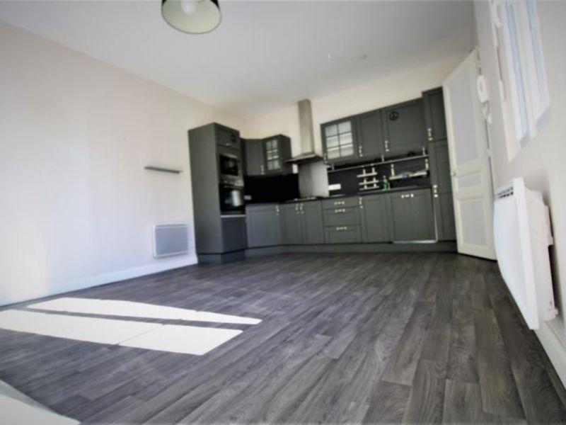 Rental apartment Montdidier 550€ CC - Picture 2