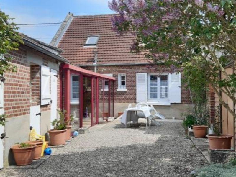 Sale house / villa Roye 146000€ - Picture 1