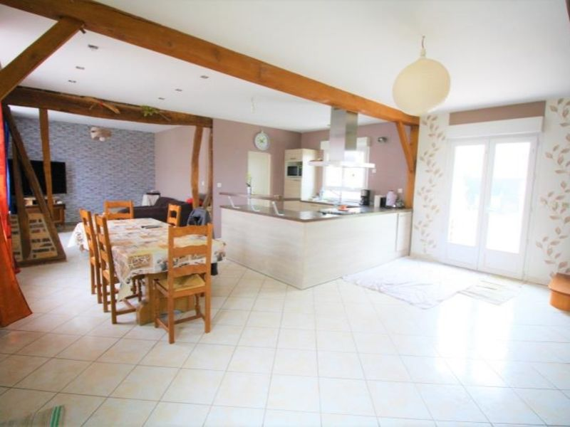 Sale house / villa Montdidier 157 000€ - Picture 1
