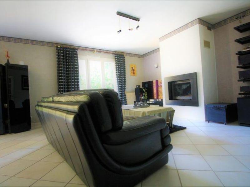 Sale house / villa Montdidier 242650€ - Picture 3
