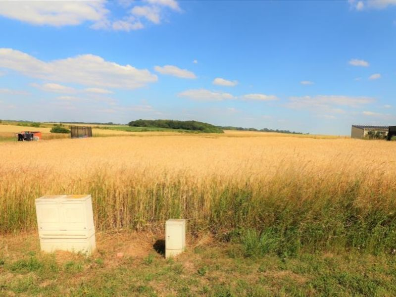 Sale site Maignelay montigny 37 000€ - Picture 1