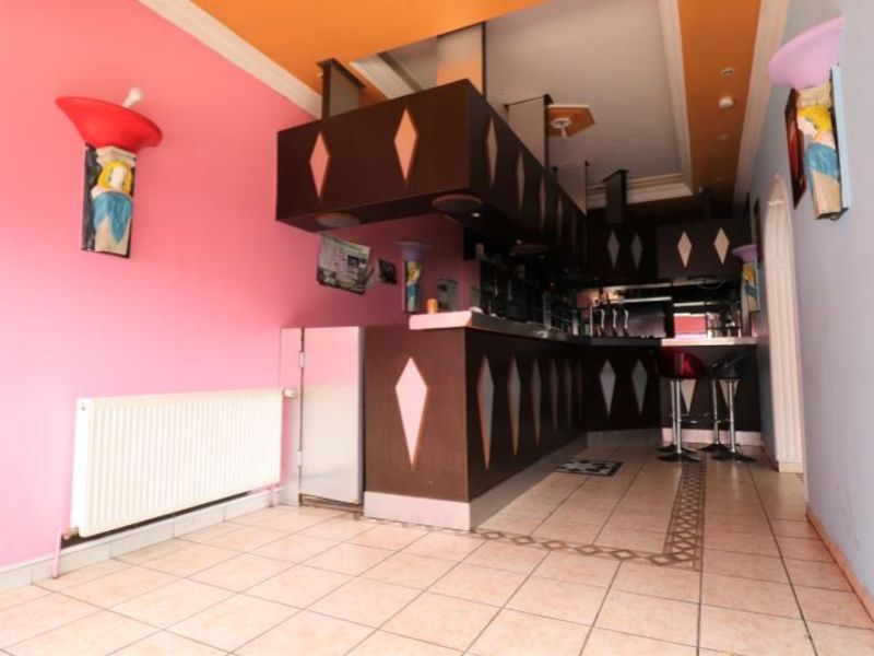 Location local commercial Montdidier 1 540€ HC - Photo 4