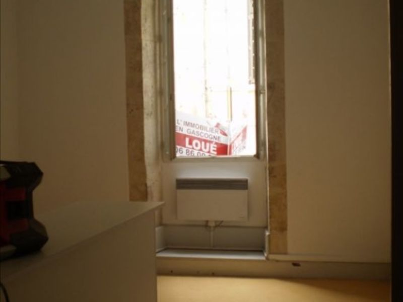 Location appartement Auch 325€ CC - Photo 3