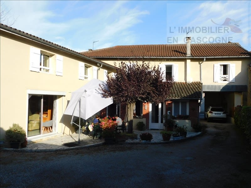 Sale house / villa Masseube 247 000€ - Picture 1