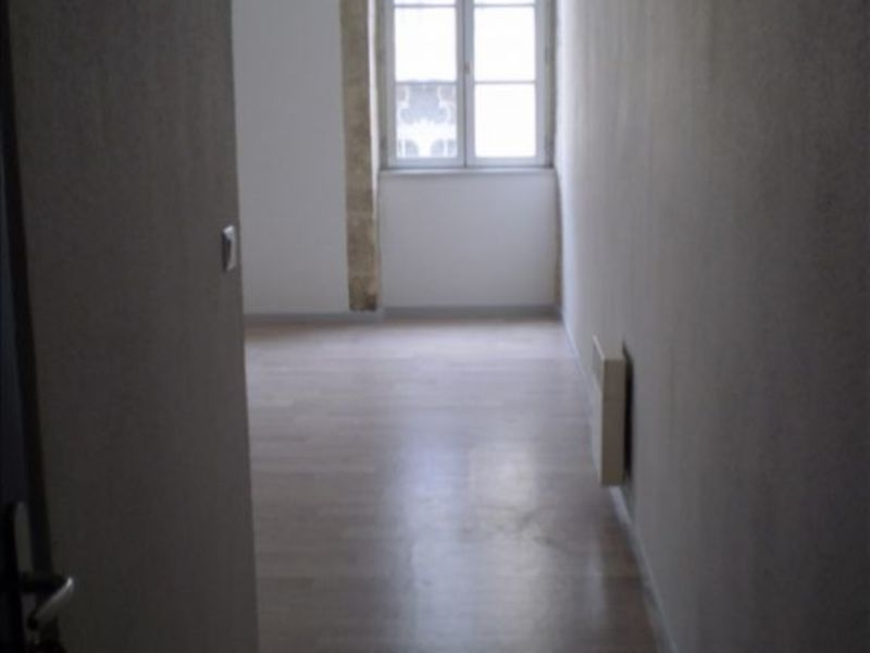 Affitto appartamento Auch 350€ CC - Fotografia 3