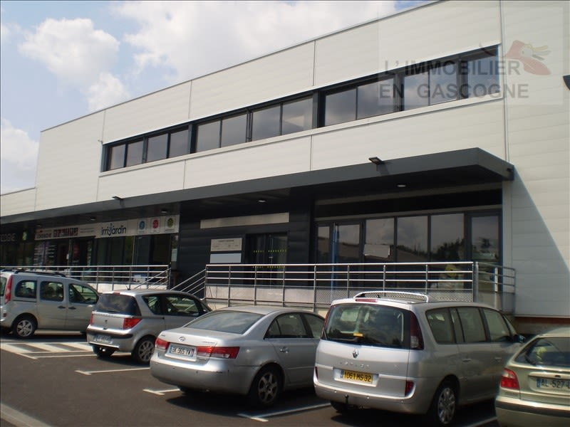 Location local commercial Auch 2390€ HC - Photo 6