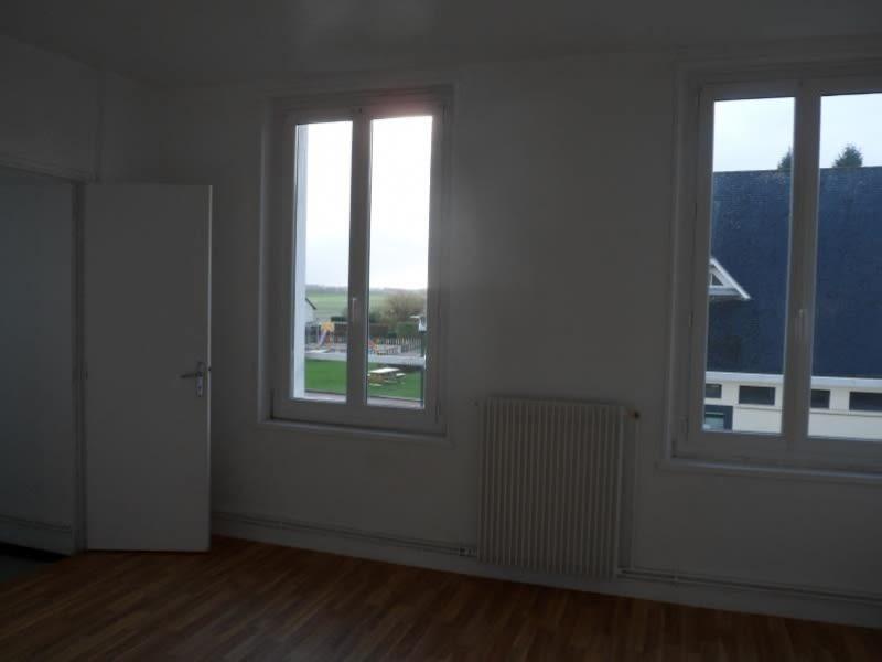 Location appartement Ypreville biville 520€ CC - Photo 2