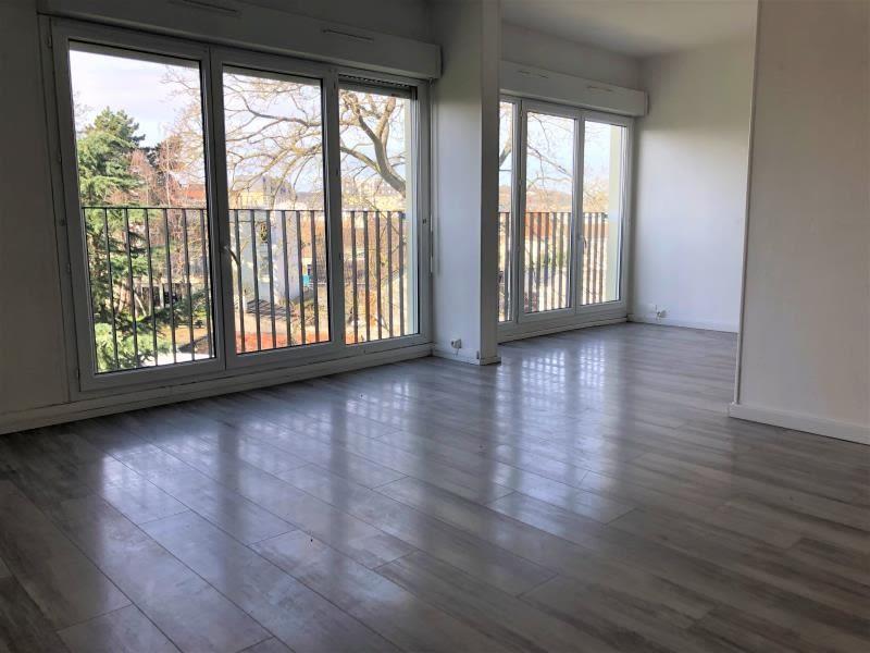 Sale apartment Acheres 247450€ - Picture 1