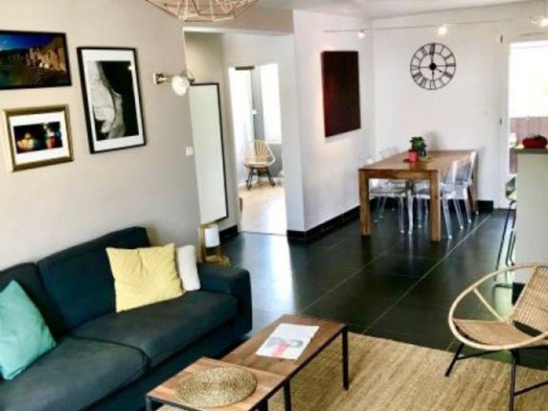 Sale apartment Bouc bel air 249900€ - Picture 2