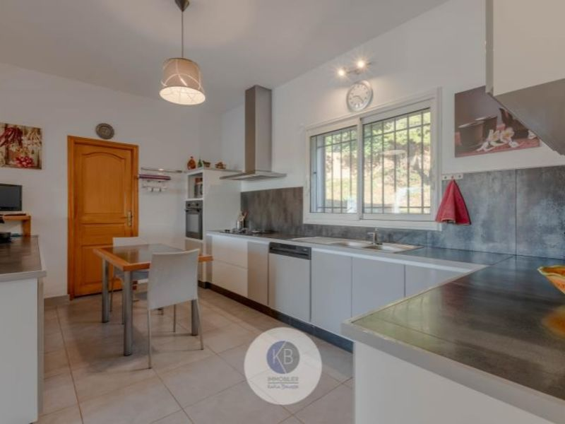 Sale house / villa Puyloubier 649000€ - Picture 2
