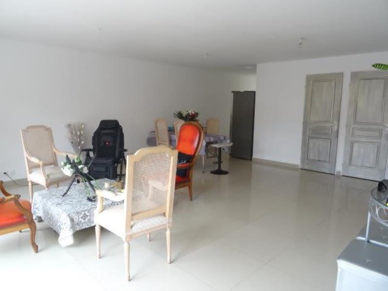 Sale building Rousset 469000€ - Picture 2