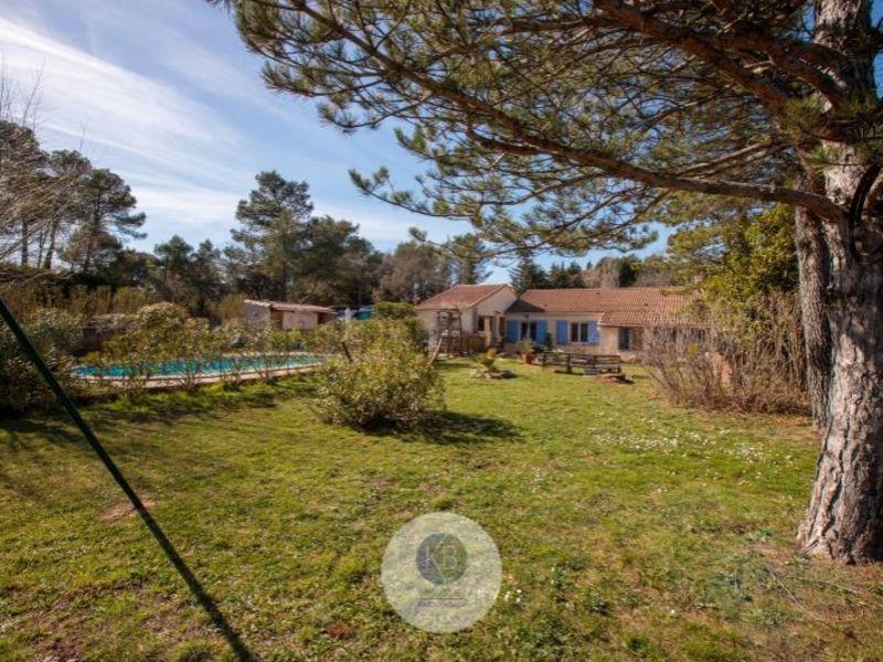 Sale house / villa Pourrieres 379000€ - Picture 1