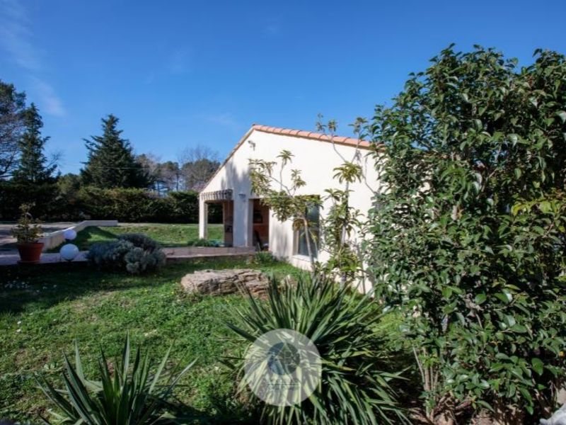 Sale house / villa Pourrieres 379000€ - Picture 2
