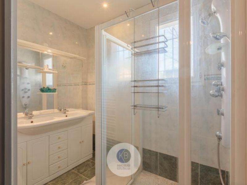 Sale house / villa Peynier 352000€ - Picture 7