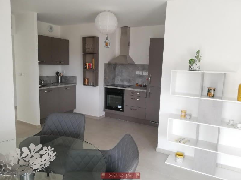 Deluxe sale apartment Bormes les mimosas 335000€ - Picture 1