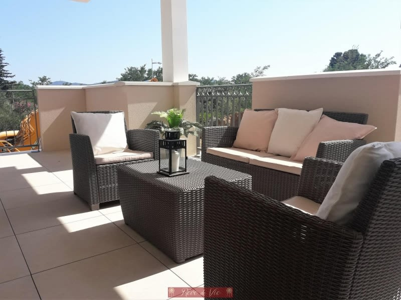 Vente de prestige appartement Bormes les mimosas 335 000€ - Photo 1