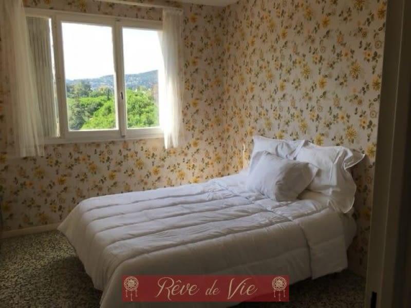 Sale apartment Le lavandou 285000€ - Picture 5