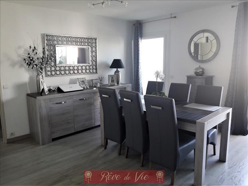 Sale apartment Le lavandou 289000€ - Picture 2