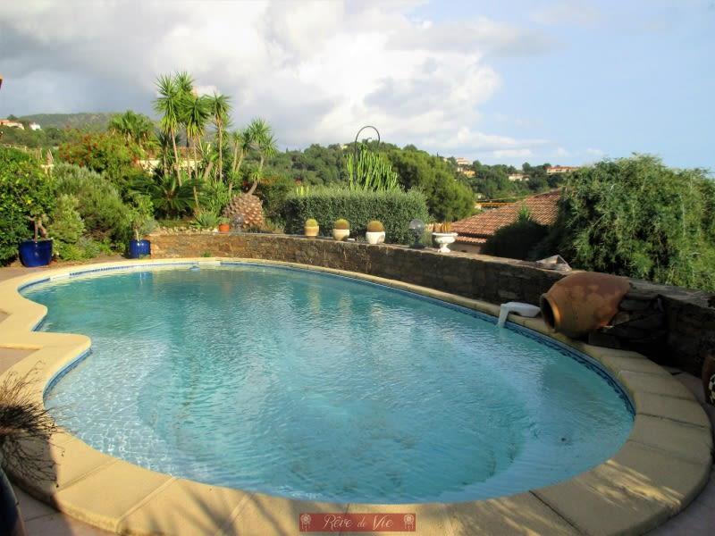 Sale house / villa Bormes les mimosas 895000€ - Picture 2