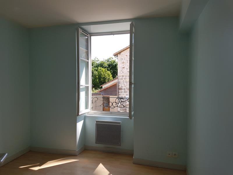 Location appartement Menigoute 375€ CC - Photo 4