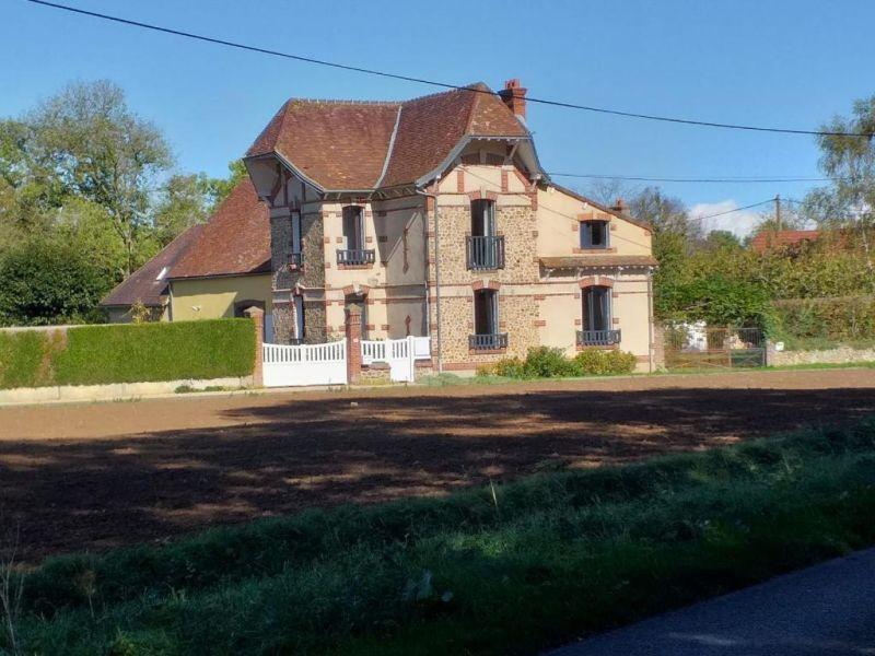 Sale house / villa La loupe 260000€ - Picture 1