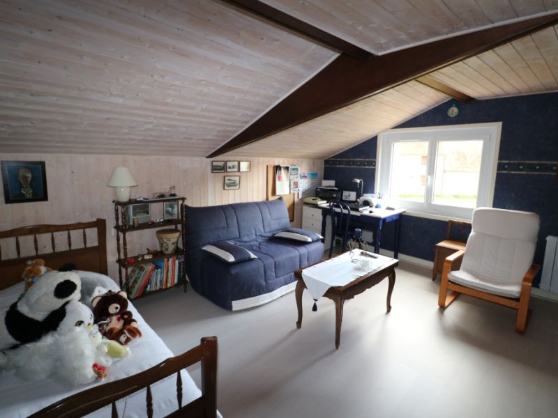 Sale house / villa La loupe 260000€ - Picture 6