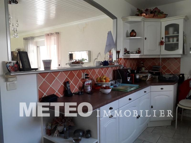 Sale house / villa St denis du payre 275 600€ - Picture 4