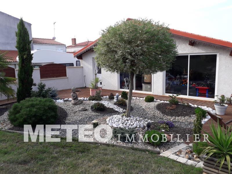 Sale house / villa St jean de beugne 220920€ - Picture 1